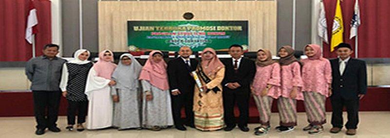 Dekan FH Universitas Djuanda, Putri Asli Jonggol Ini Raih Doktor Ilmu Hukum UNS