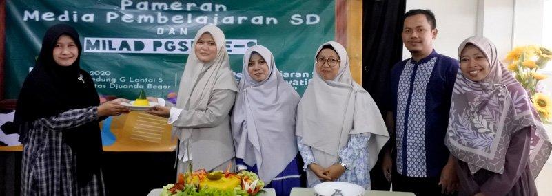 Dalam Rangka Milad UNIDA dan PGSD, FKIP UNIDA Kembangkan Media Pembelajaran SD dengan Pameran